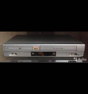 DVD/VHC плеер с караоке