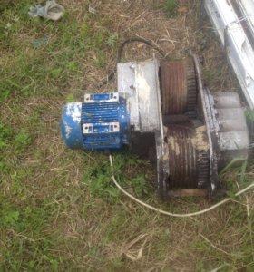 Мотор и редуктор для фасадного подъёмника