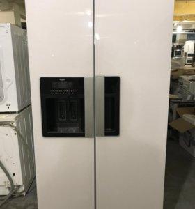 Холодильник б/у Whirlpool WSG5588