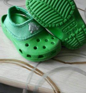 Ботинки, босоножки, кроксы размер 20-21