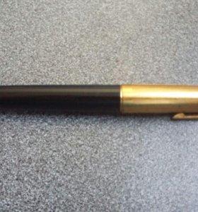 Ручка эпохи СССР чернильная с золотым пером