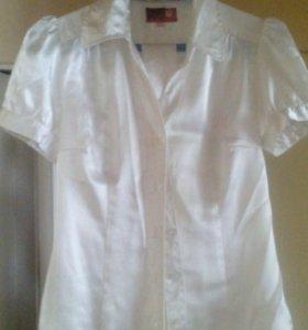 Блузка белая р.46 Gloria Jeans