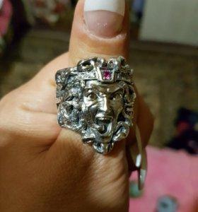 Серебряное кольцо мужское