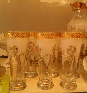 Рюмка и стаканы