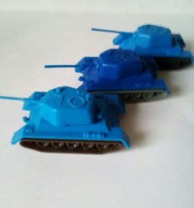 Игрушка СССР танк Т-34