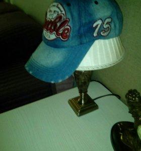 Джинсовая кепка