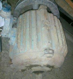 Электродвигатели 3 шт, мощность 1:1,5:5,5