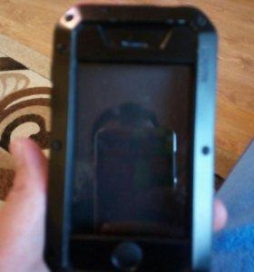 Чехол на айфон 4 и 4s