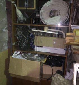 Шкаф офисный или под книги