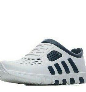 Новые мужские кроссовки(42,43,44)