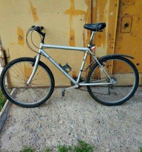 Скоростной велосипед.