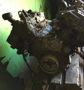 Двигатель,Мотор N63B44,на BMW X5,X6,F01,F10.