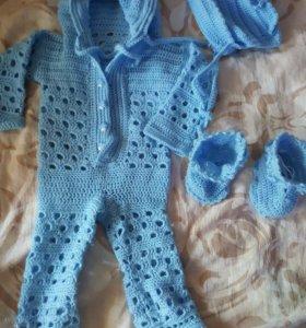 Продам костюмчик вязаный для малыша