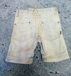 Шорты из лёгкого джинса.