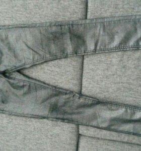 Продам брюки,р.S.Серебристые