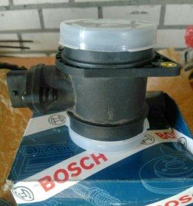Датчик воздуха ДМРВ Bosch