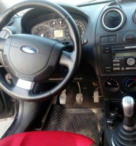Форд фиеста 2007 год