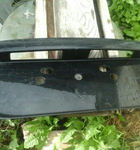 Накладка крышки багажника  Митсубиси Лансер 9