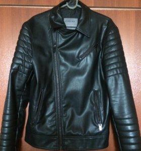 Кожаная мужская куртка Zara