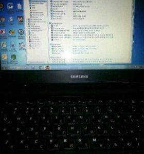 Ноутбук Самсунг 300V
