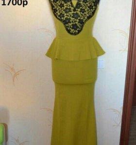 Платье в пол оливкого цвета