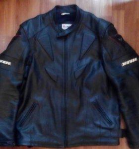 Мото куртка кожа