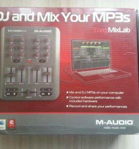🎼 DJ контроллер M-audio X-session Pro