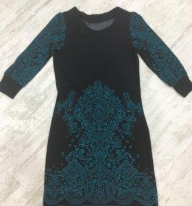 Платье тёплое 44-46 размер
