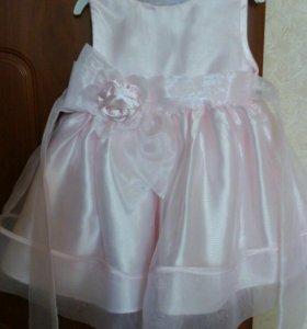 Детское платье 6-8м