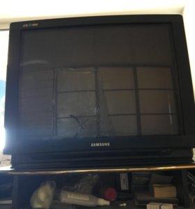 Телевизор Samsung 72 см/29 дюймов