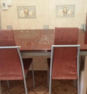 4 стула,стол из стекла