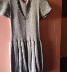 Вязанное серое платье