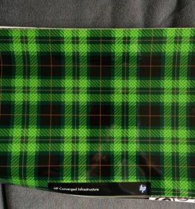Наклейка виниловая на ноутбук1