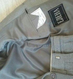 Костюм тройка(пиджак, жилет,брюки)