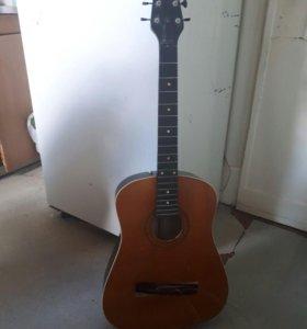 гитара 83 года