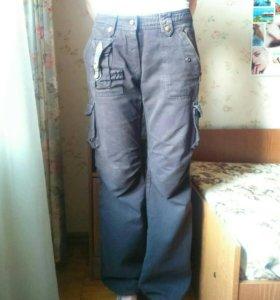 Джинсовые брюки хаки