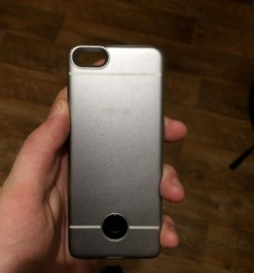Продам чехол-аккумулятор для iPhone 5, 5s.