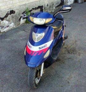 Скутер Sonik