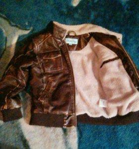Куртка кожанная р-р 122