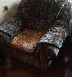 Кресло -кровать в отличном состоянии