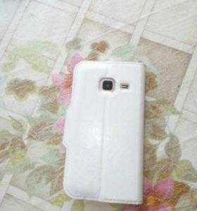 Продам телефон самсунг j1мини