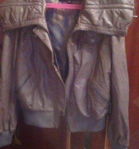 Шикарная женская кожаная куртка