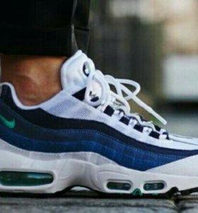 Кроссовки Nike 95 c