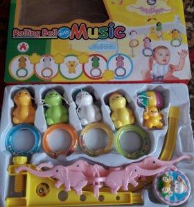 Музыкальная игрушка для кровати