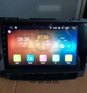 Автомагнитола штатная Тoyota Highlander Android.