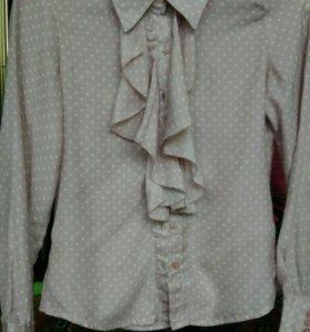 Блузка школьная,детская.