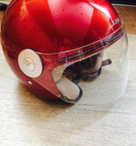 Продаю шлем мотоциклиста