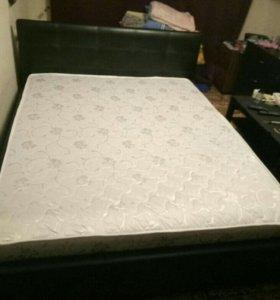 Кровать из экокожи с матрасом 160×200