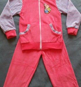 Спортивный костюм новый для девочки 5-6 лет