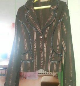 Продам пиджак ,мало б/у ,размер 46-48